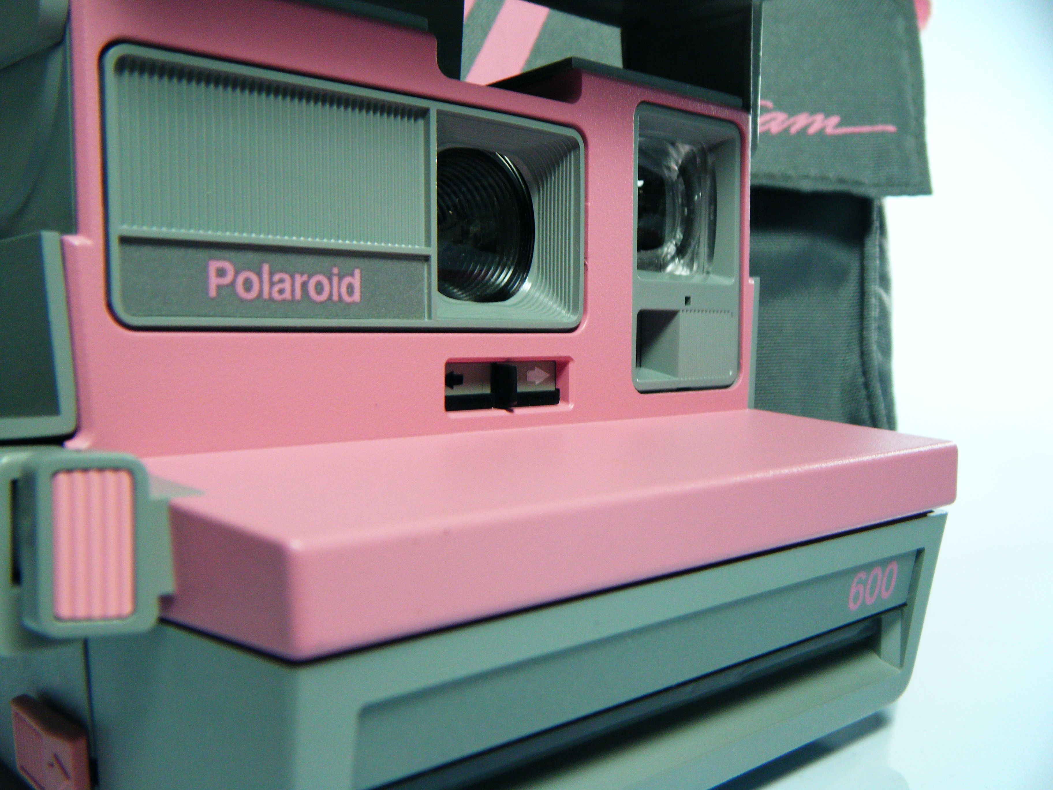 an overview of the polaroid corporation Presents an overview of polaroid corp, one of the leading instant imaging companies in the world company overview, including products offered, and principal businesses key facts, including contact information analysis of the company, including strengths, weaknesses, opportunities for improvement .